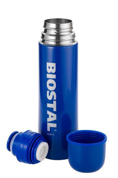 Термос Biostal NВ-1000 С 1,0л (узкое горло, кнопка) Термосы<br>Легкий и прочный Сохраняет напитки горячими <br>или холодными долгое время Изготовлен из <br>высококачественной нержавеющей стали С <br>крышкой-чашкой Корпус покрыт защитным цветным <br>лаком Характеристики: Артикул: NB-1000C Объем: <br>1,0 литра Высота: 30,8 см Диаметр: 8,5 см Вес: <br>550 г Размеры упаковки: 9х9х32 см<br>