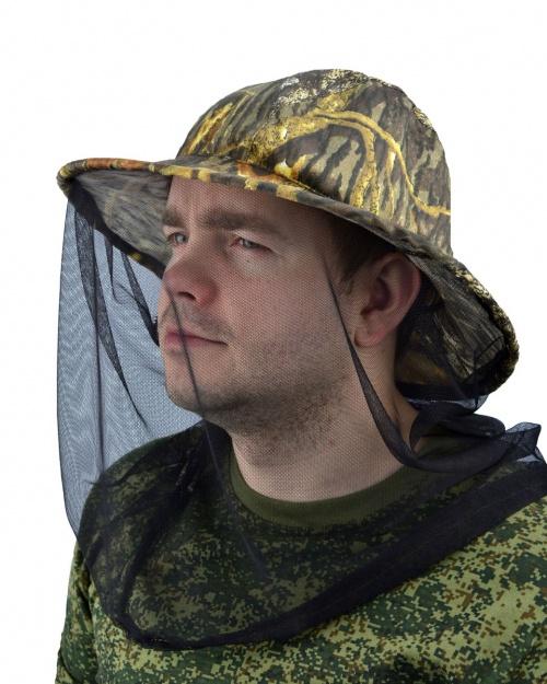 Накомарник без кольцаПанамы<br>Накомарник – незаменимый атрибут рыбака, <br>охотника, садовода, огородника и любителя <br>путешествий. Представляет собой шляпу с <br>москитной сеткой, прикрепленной к полям. <br>Диаметр горловины может затягиваться до <br>необходимого размера. Шляпа-накомарник <br>надежно фиксируется резинкой в области <br>подбородка. Материал - смесовая ткань плотностью <br>210гр/кв.м. Различные варианты расцветки.<br><br>Пол: мужской<br>Сезон: лето<br>Материал: текстиль