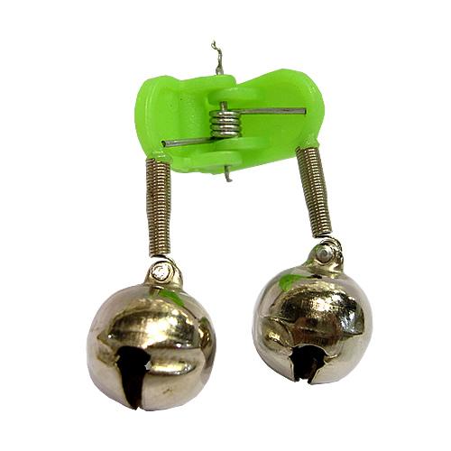 Бубенчики Salmo Пара ГроздьКолокольчики, сигнализаторы<br>Бубенчики Salmo пара гроздь 2шт.на прищ./уп.25шт. <br>Колокольчики, бубенчики - все эти звуковые <br>сигнализаторы подадут звуковой сигнал, <br>если рыболов на несколько секунд отвлекся <br>и за поклевкой зрительно не наблюдает. Многие <br>рыболовы специально ставят эти сигнализаторы, <br>чтобы услышать мелодичный клев рыбы. В ассортименте <br>большой выбор этих звуковых сигнализаторов, <br>они устанавливаются непосредственно не <br>леску или крепятся к вершинке удилища.<br><br>Сезон: Летний