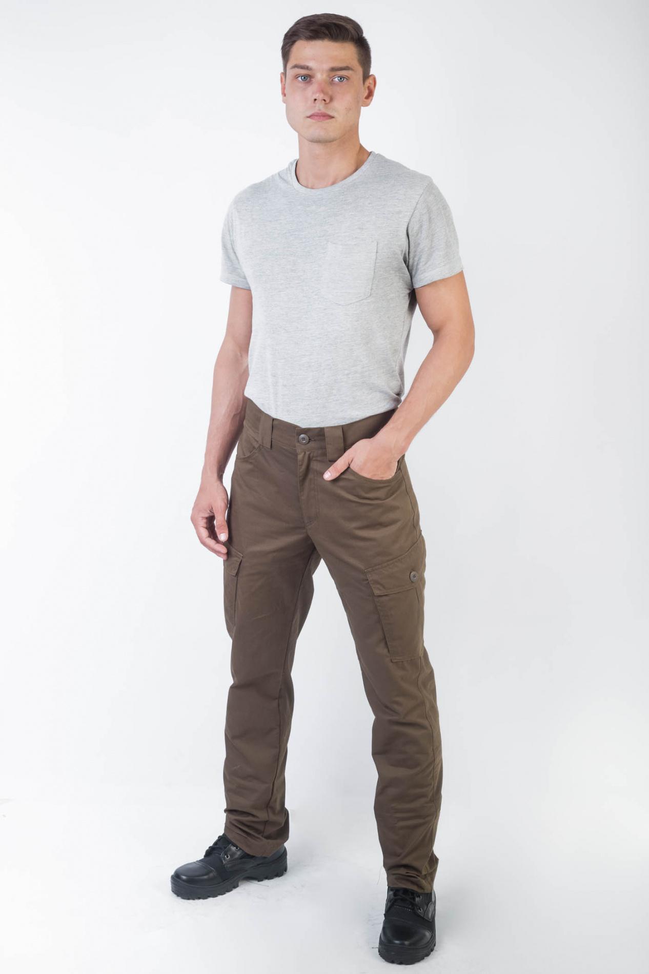 Брюки Беркут Коричневые(хлопок) TRITON (56-58/182-188)Брюки неутепленные<br>Удобные универсальные брюки, разработанные <br>для повседневной носки и активного отдыха <br>в летний период. Не стесняющие движения, <br>изготовленные из качественного материала <br>Рип Стоп. ОСОБЕННОСТИ: 1) Брюки прямые; <br>2) Пояс со шлёвками для ношения ремня; 3) 4 <br>функциональных кармана; 4) Кокетка на задней <br>половинке; 5) Застёжка-гульфик на молнии <br>с пуговицей. <br><br>Пол: мужской<br>Размер: 56-58<br>Рост: 182-188<br>Сезон: лето<br>Цвет: коричневый