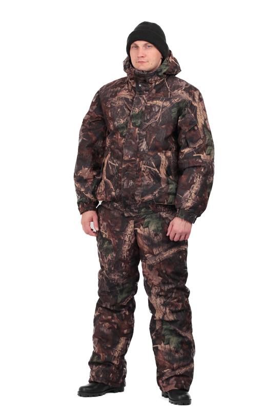 Костюм мужской Вихрь зимний кмф алова Костюмы утепленные<br>Камуфлированный универсальный костюм <br>для охоты, рыбалки и активного отдыха при <br>низких температурах. Состоит из укороченной <br>куртки с капюшоном и полукомбинезона. Куртка: <br>• Регулируемый втачной капюшон - воротник <br>на флисовой подкладке. • Центральная застежка <br>- молния закрыта ветрозащитной планкой <br>на кнопках. • Внутренняя планка, закрывающая <br>верхний край молнии. • Нижние накладные <br>карманы, нагрудный прорезной карман на <br>молнии. • На рукаве накладной, объемный <br>карман под мобильный телефон. • Низ куртки <br>и манжеты на широкой резинке. Полукомбинезон: <br>• С центральной застежкой на молнию и ветрозащитной <br>планкой. • Высокая грудка и спинка. • Два <br>передних , один задний накладных кармана <br>и один на груди с клапаном на кнопках. • <br>Мягкие регулируемые бретели с эластичной <br>лентой. • Низ полукомбинезона регулируется <br>молнией.<br><br>Пол: мужской<br>Размер: 64-66<br>Рост: 182-188<br>Сезон: зима<br>Цвет: коричневый<br>Материал: Алова 100% полиэстер