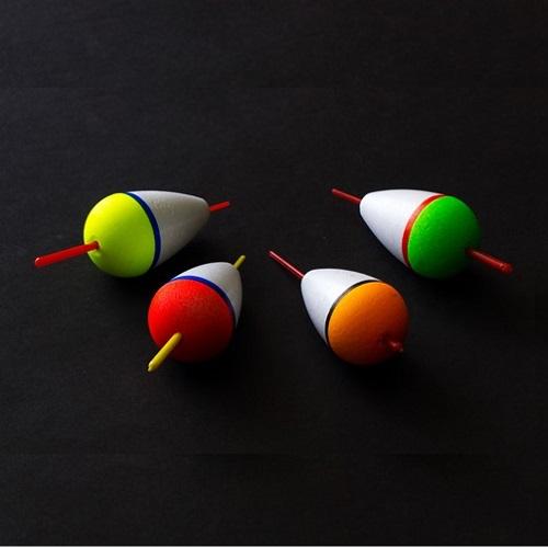 Поплавок Пенопласт. Капля 50Мм 8,0ГПоплавки<br>Поплавок пенопласт. КАПЛЯ 50мм 8,0г дл.50мм/8,0г/цвет <br>в ассорт./кратность 10шт. Поплавки изготовлены <br>из пенопласта повышенной прочности, обладают <br>очень большим удельным весом. Весовые характеристики <br>позволяют использовать эту серию поплавков <br>для дальнего заброса и на любом течении. <br>Хорошо зарекомендовали себя при ловле хариуса <br>и форели на реках Архангельской области <br>и Карелии. По качеству и долговечности эти <br>поплавки превосходят даже поплавки из бальзы.<br><br>Сезон: лето