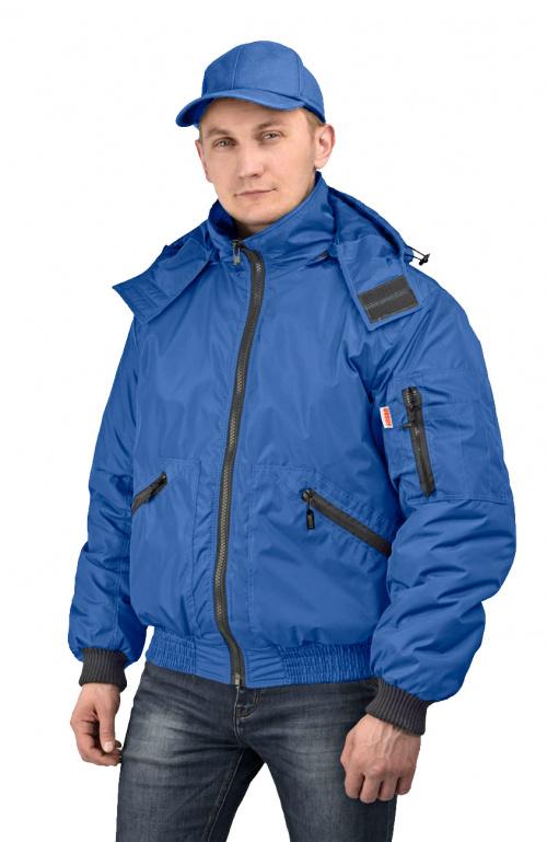 Куртка мужская Бомбер демисезонная тк.Джордан Куртки утепленные<br>Куртка, с отстёгивающимся капюшоном, укороченная, <br>с центральной застежкой на разъемную молнию, <br>на притачном трикотажном поясе, воротник <br>стойка, рукав втачной. На полочках расположены <br>нижние накладные карманы, застегивающиеся <br>на тесьму-молнию. Полочки и спинка с притачной <br>кокеткой. Рукава трехшовные, с притачной <br>трикотажной манжетой. На левом рукаве на <br>средней части расположен двойной накладной <br>карман, застегивающийся на тесьму-молнию. <br>Воротник - стойка. Нижний воротник из флиса <br>с обтачкой из основной ткани. Левая полочка <br>подкладки с накладным карманом, застегивающимся <br>на контактную ленту.<br><br>Пол: мужской<br>Размер: 60-62<br>Рост: 170-176<br>Сезон: демисезонный<br>Цвет: синий<br>Материал: 100% полиэстер