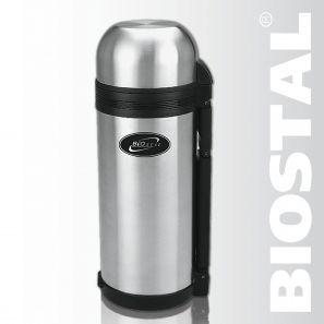 Термос Biostal NG-1500-1 1,5л (универсальный, складная Термосы<br>Легкий и прочный Сохраняет напитки и продукты <br>горячими или холодными долгое время Изготовлен <br>из высококачественной нержавеющей стали <br>Конструкция пробки позволяет использовать <br>термос как для напитков, так и для первых <br>и вторых блюд С удобной ручкой и ремешком <br>для переноски С крышкой-чашкой и дополнительной <br>пластиковой чашкой Характеристики: Объем: <br>1,5 литра Высота: 31,6 см Диаметр: 10,7 см Вес: <br>1010 г Размеры упаковки: 11,2х12,2х32 см<br>